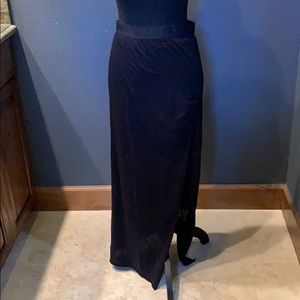 Dresses & Skirts - Black T-shirt skirt with side slit